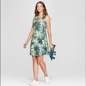 Spense Cross Neck Floral Palm Print Swing Dress- M